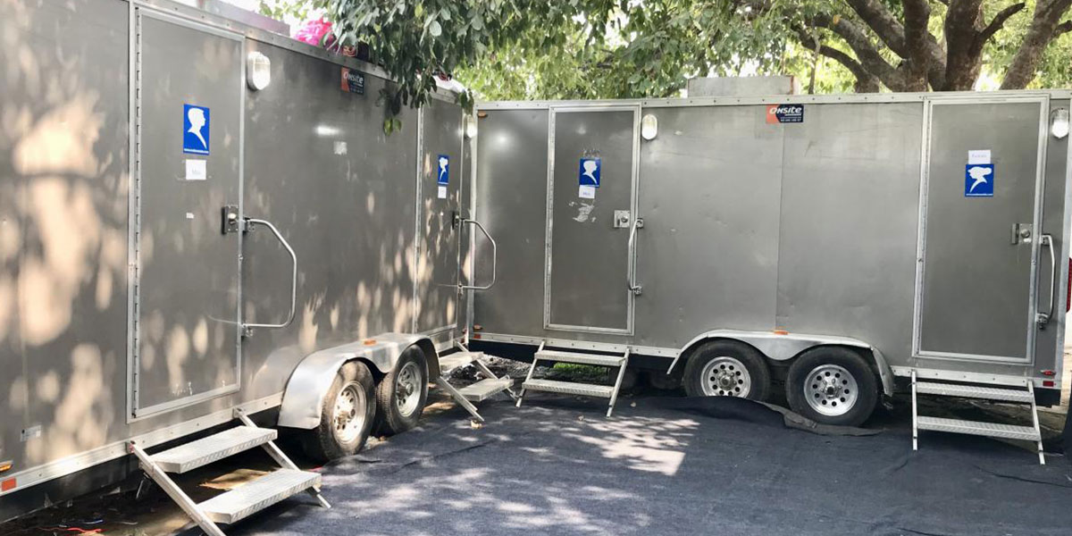 Portable luxury restroom and luxury washroom for rent & sale